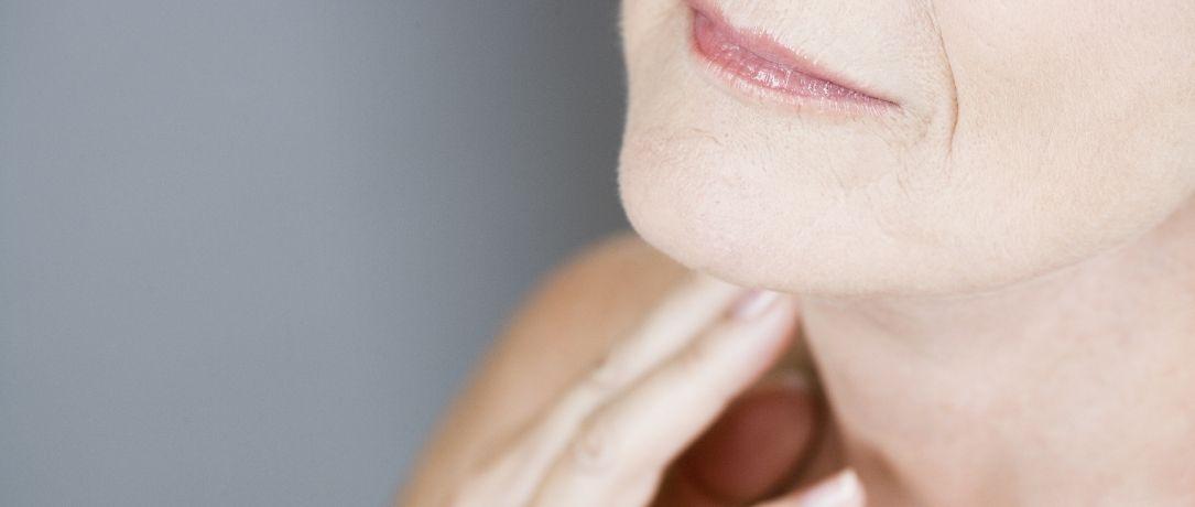 La lassità cutanea del collo