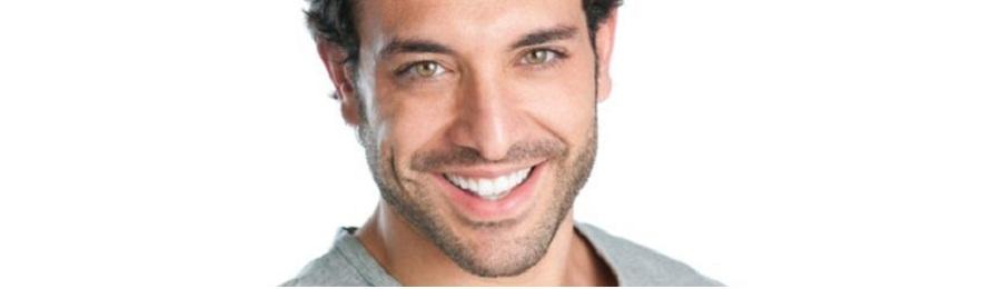 Ringiovanimento del volto maschile
