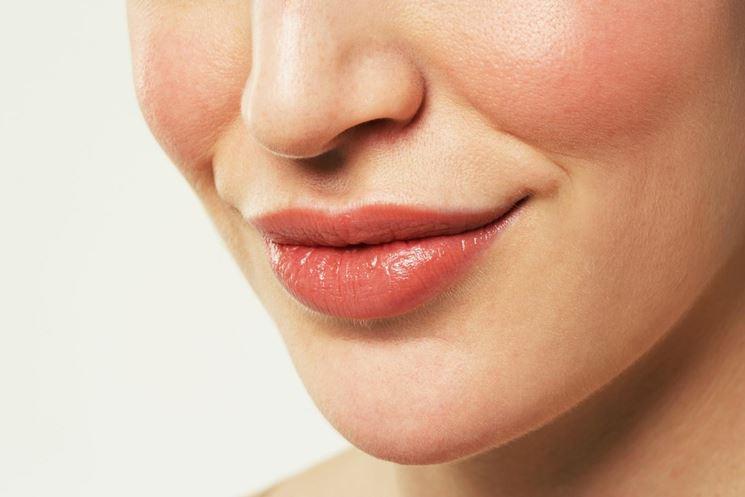 L'acido ialuronico per le labbra