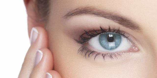 Acido ialuronico per il contorno occhi