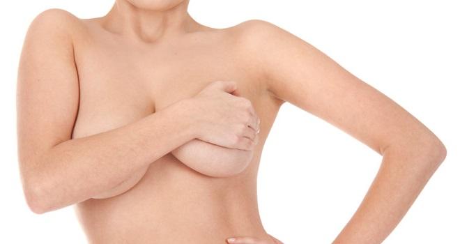 Rifarsi il seno, la chirurgia estetica del seno