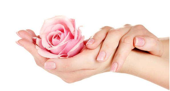 Trattamenti per il Ringiovanimento delle mani