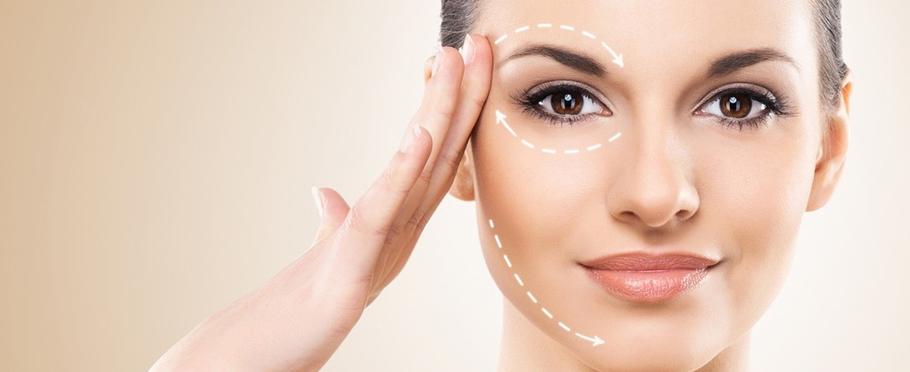 Ringiovanimento tridimensionale del volto