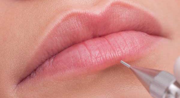 Il trucco semipermanente per le labbra
