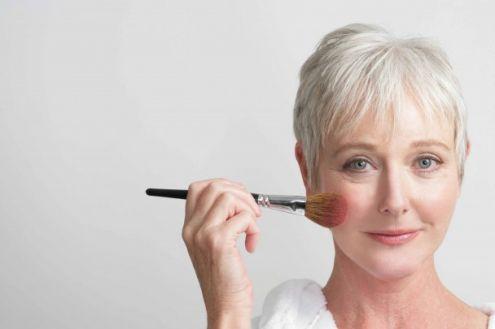 Trucco e anti-age: quale make-up scegliere?