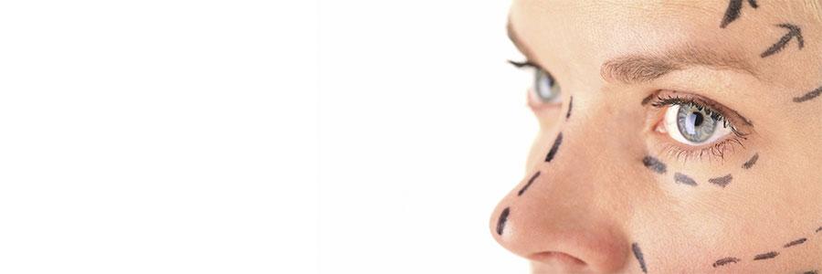 Ringiovanire il volto dell'uomo in modo progressivo e naturale
