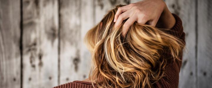 Caduta dei capelli, diagnosi e terapia
