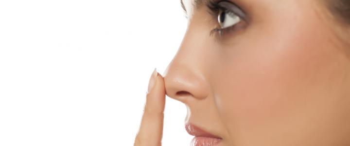 Rinoplastica addio: ora il filler modella il naso