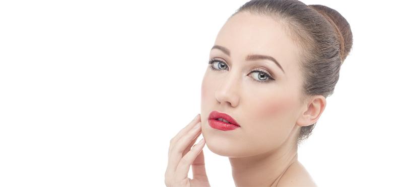 Filler labbra: migliorare i volumi per un effetto naturale