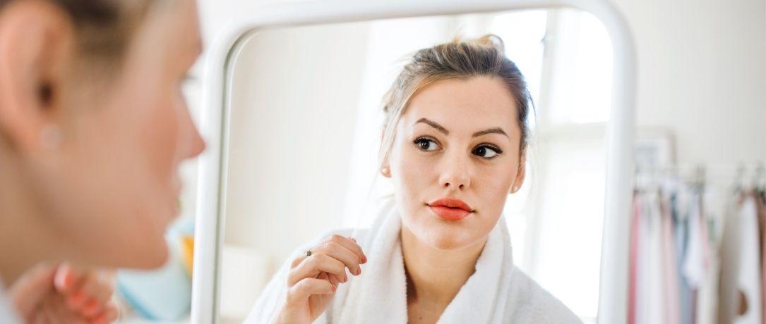 Trattamento peeling per rivitalizzare la pelle del viso